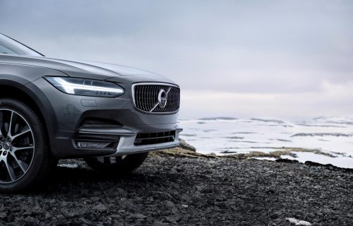 new_volvo_v90_cross_country_detail